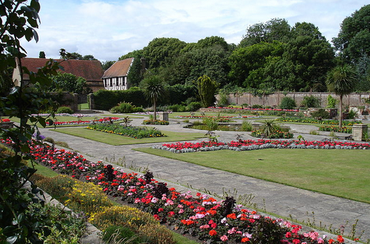 Prittlewell Priory Park